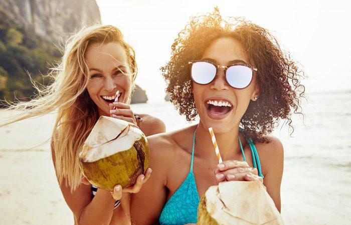 Solo Travel VS Group Travel Better